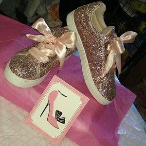 A Cinderella shoes!